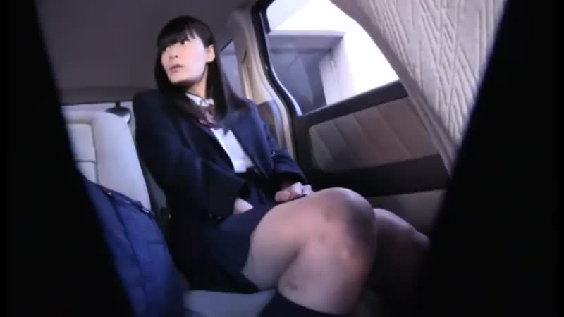 お嬢様女子校生を偽の送迎車に乗せて人気のないところでイタズラしよう