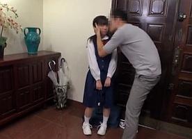 お嬢様学校に通う小柄なロリ女子校生を激しく犯して泣かせたった