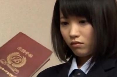 生徒手帳を拾った男に秘密のバイトがバレて自宅の部屋で脅迫レイプされる女子校生