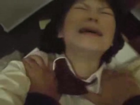 【鬼畜レイプ】ジタバタ抵抗して叫びながら強盗から中出しレイプされる女子校生
