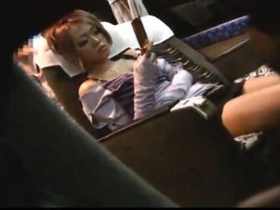 高速バスで熟睡中のギャルに鬼畜夜這いレイプ!
