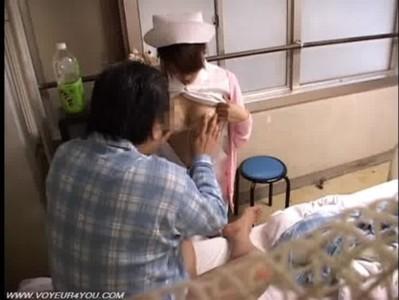 入院患者のオッサンに身体を求められて逆らえない看護師