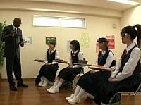 【ロリレイプ】まだ処女だったのに…英会話教室の黒人先生のデカチンに堕ちた中●生少女たち