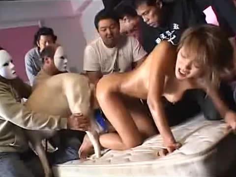 【鬼畜レイプ】嫌がる女を犬とセックスさせる獣姦レイプ動画