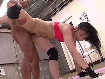 【長編】護身術の訓練のはずがレイプされてしまった女wwwwww