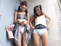【JS】同じ団地に住む小●生に悪戯!パンツ脱がせてマンコ舐めたりオシッコさせたり!!