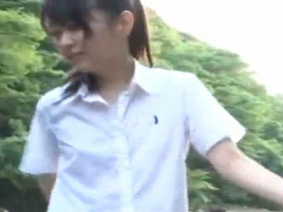 友達とキャンプ中に釣り人に捕まってテントでレイプされてしまった女子校生