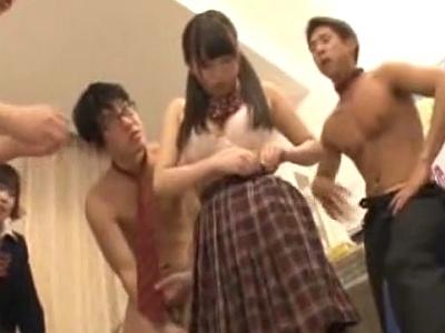 【長編】イジメられっ子の美少女な女子校生を王様ゲームで合法的?に輪姦レイプするwwwww