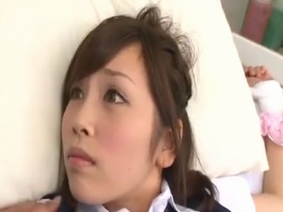 保健室のベッドに拘束レイプされてしまったアイドルフェイスの女子校生