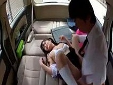 【本物レ●プ】車の中で拉致した中○生の処女マ○コをゆっくり犯す本物レイプ動画