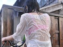 【輪姦レイプ】突然のゲリラ豪雨で透け透けになった人妻が男だらけの整備工場に避難した結果…