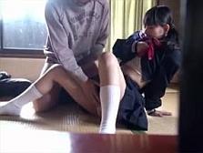 「ちょっと手伝ってもらっていいですか・・」 気弱な女子校生を連れ込む犯行映像・・
