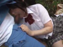 山奥に連れてこられて犯され、顔にザーメンをかけられる女子校生