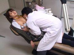 歯の治療で全身麻酔をかけられて中出しされた女子校生
