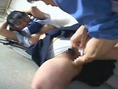 発育の良いツインテール女子中●生が試着室でレ●プされちゃうwwww
