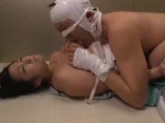 爆乳女医を狙っていた患者がエレベーターを止めてレ●プ