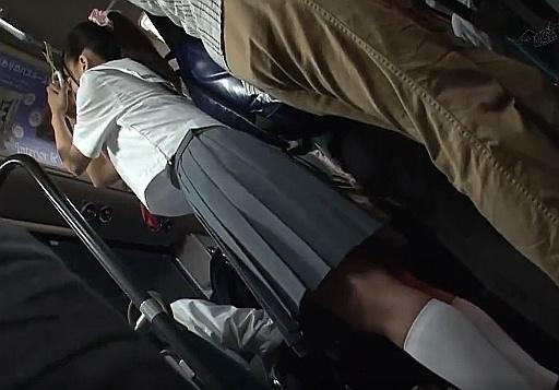 チ●ンされまくるポニーテール女子高生が可愛い